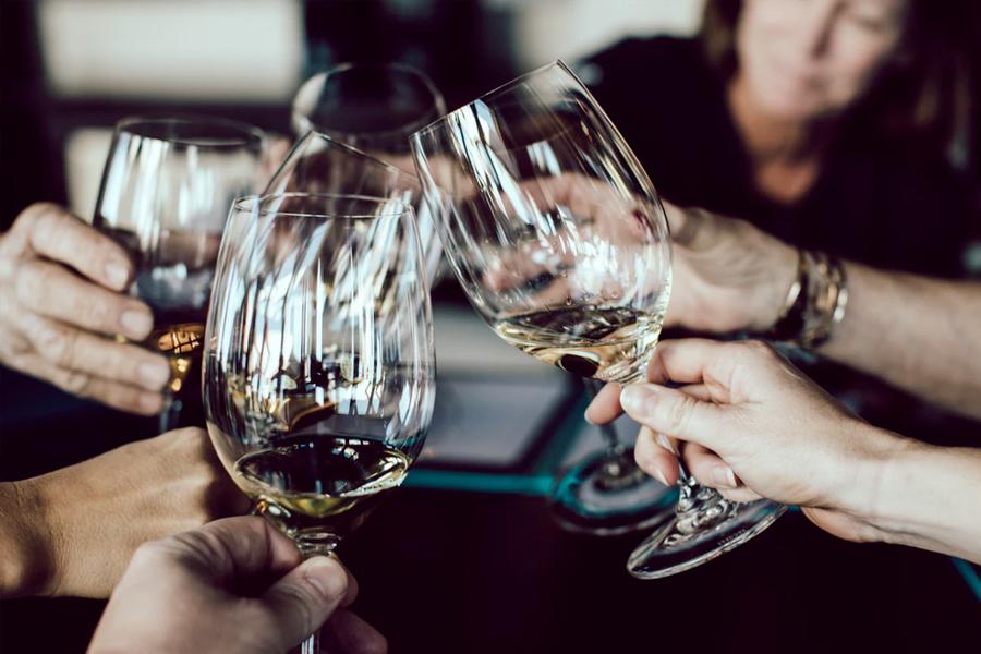 14 Best Wine Bars in Melbourne