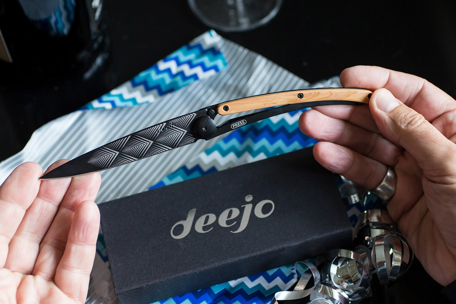 Deejo Pocket Knives Make for the Perfect Father's Day Gift