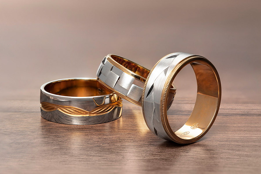 For the Best Men's Wedding Rings, Call in the KAVALRI