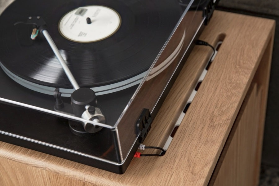 side table for turntable