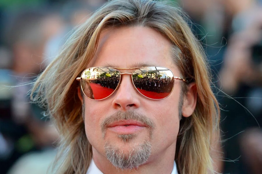 brad pitt with long blonde hairstyle