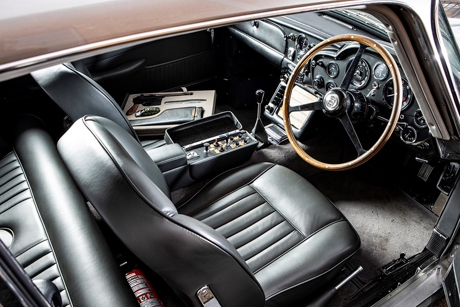 aston martin steering wheel