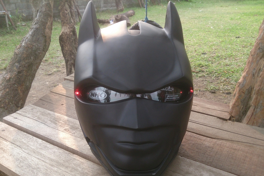 The Batman Motorcycle Helmet Lets You Fight Crime Safely