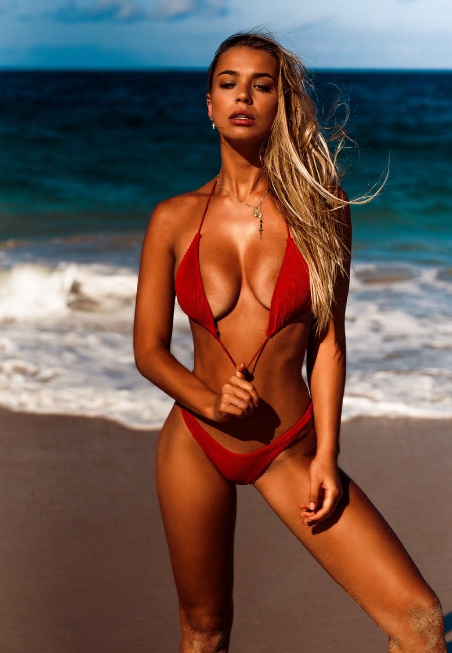 sexy bikini shoot