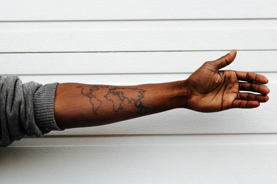 minimal tattoo world