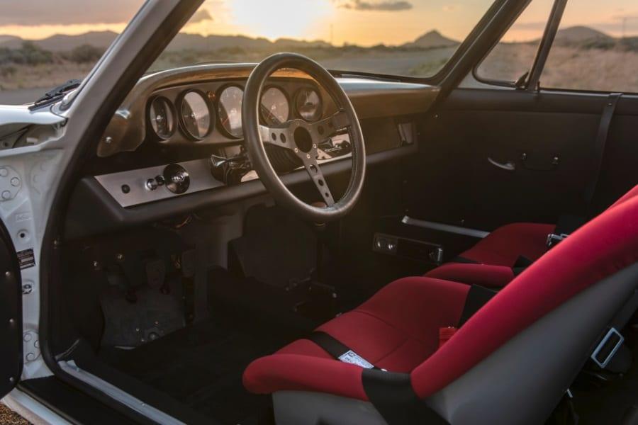 custom porsche 911 cabin