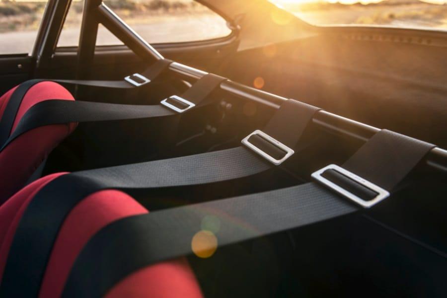 classic racing seatbelts