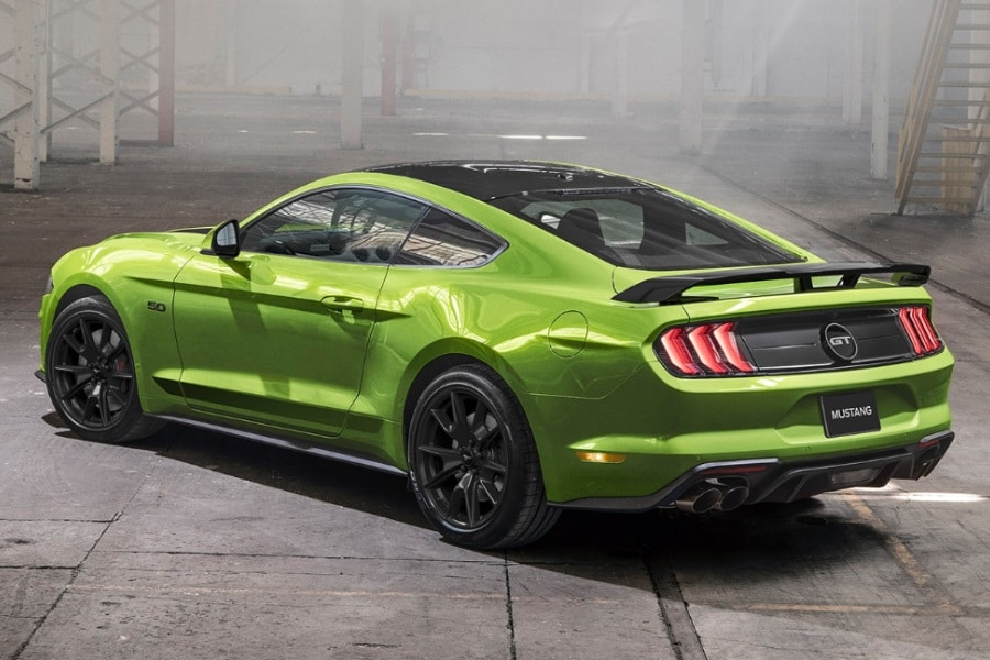 2020 ford mustang tail end