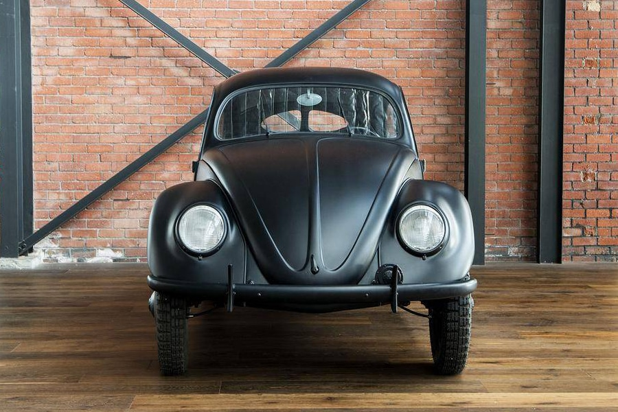 volkswage beetle front view with headlight
