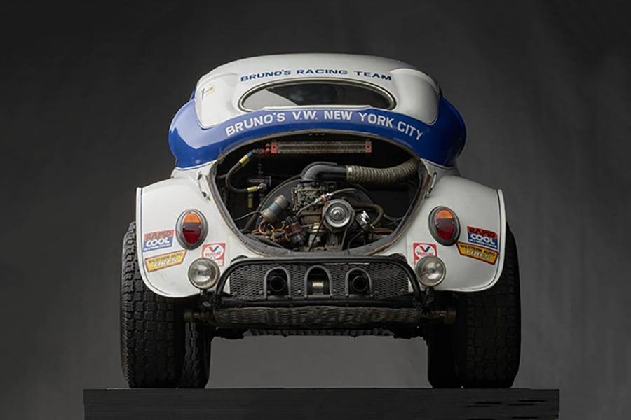 vintage volkswagen beetle engine