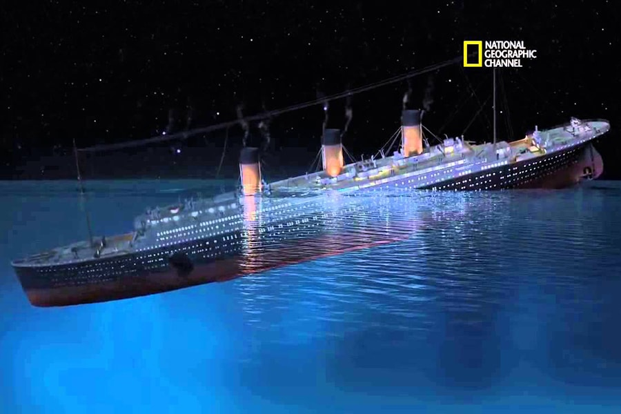 Watch the Titanic Sink with CGI