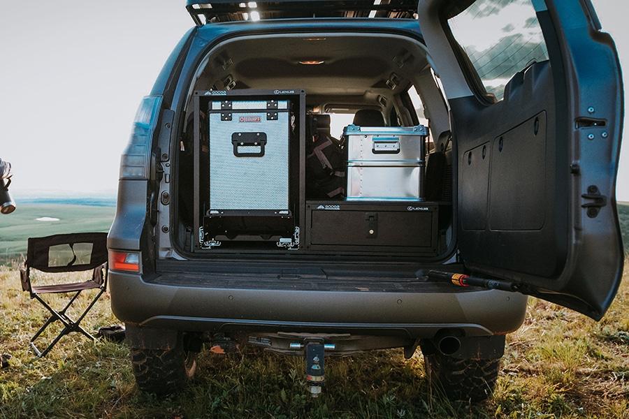 lexus back compartment