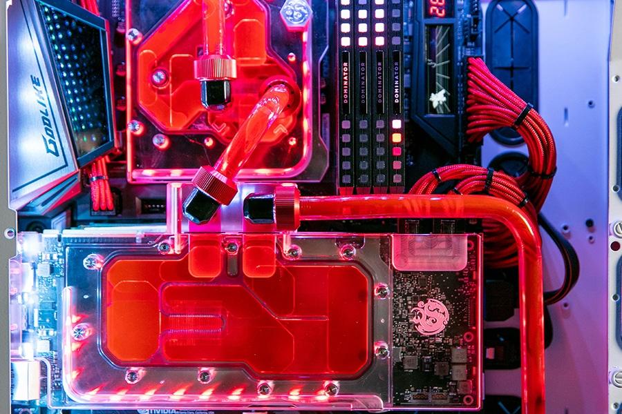 origin pc big closeup unternals