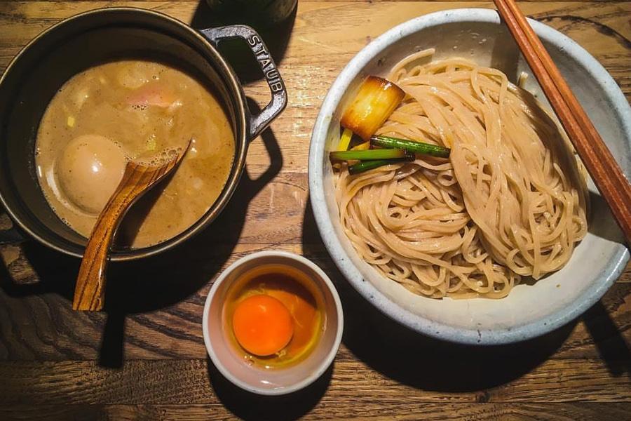ramen soup noodles