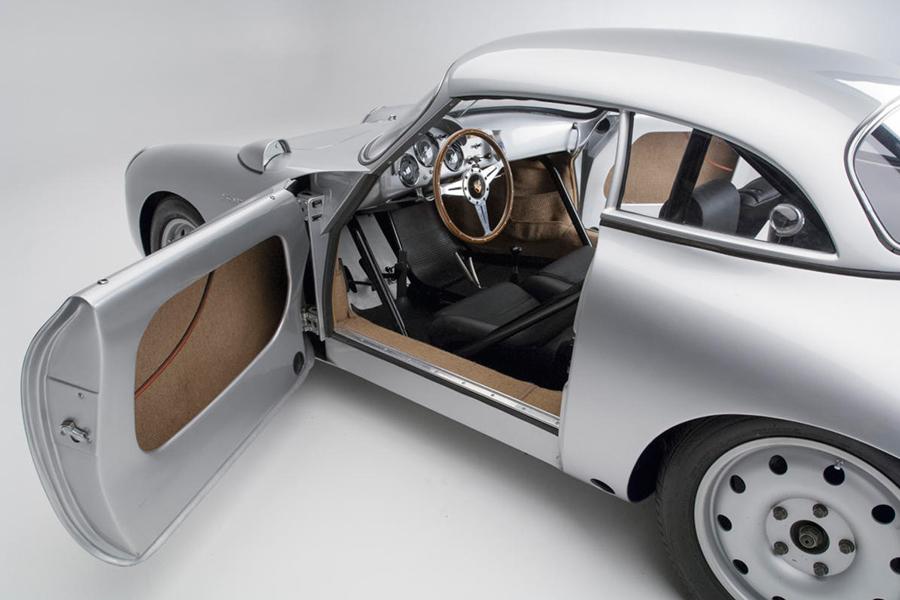 Porsche 356 Emory Special door open