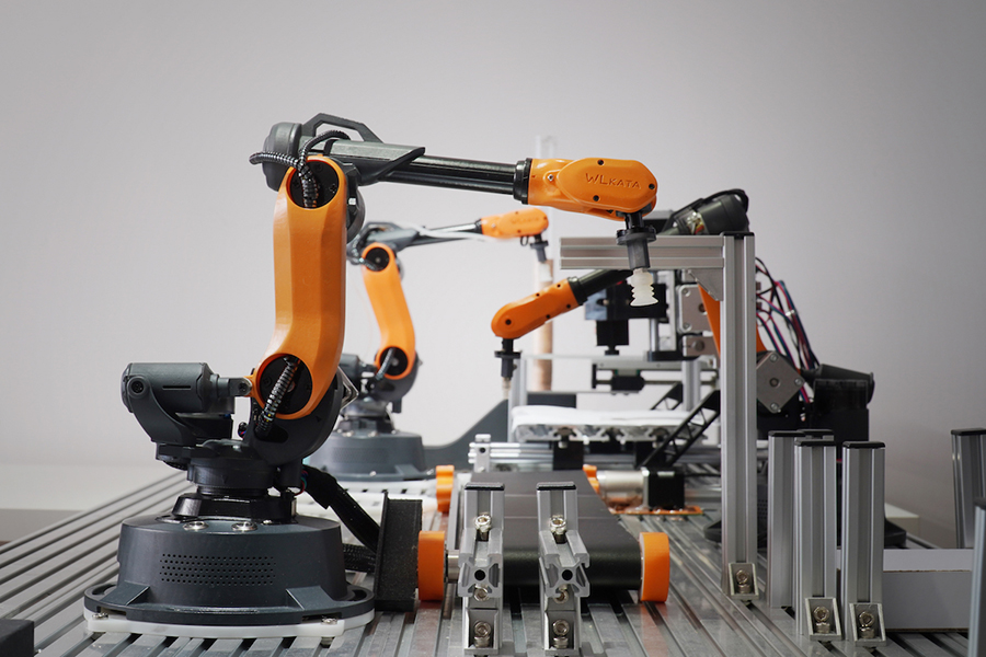 6 Axis Robot an industrial robot that can do alot of thing