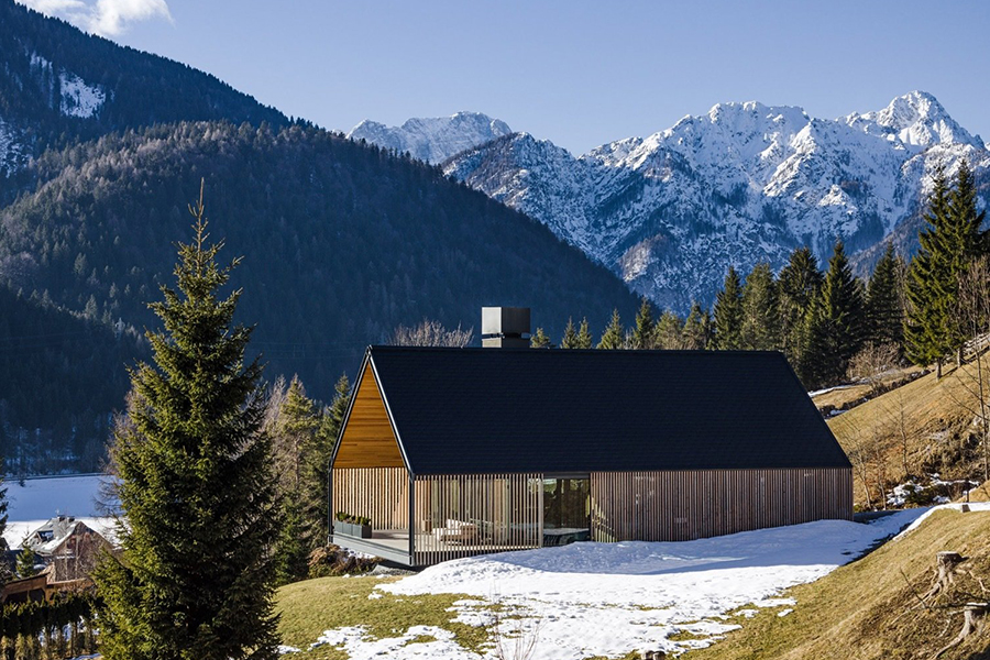 italian alpine home with perfect valley views