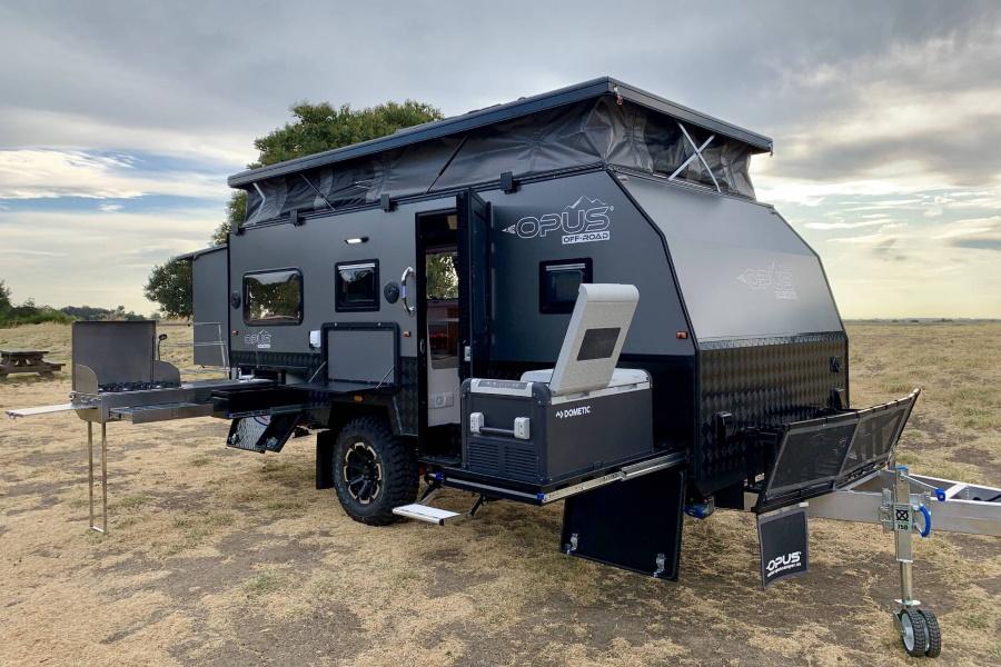 Opus 15 Hybrid Caravan three quarters