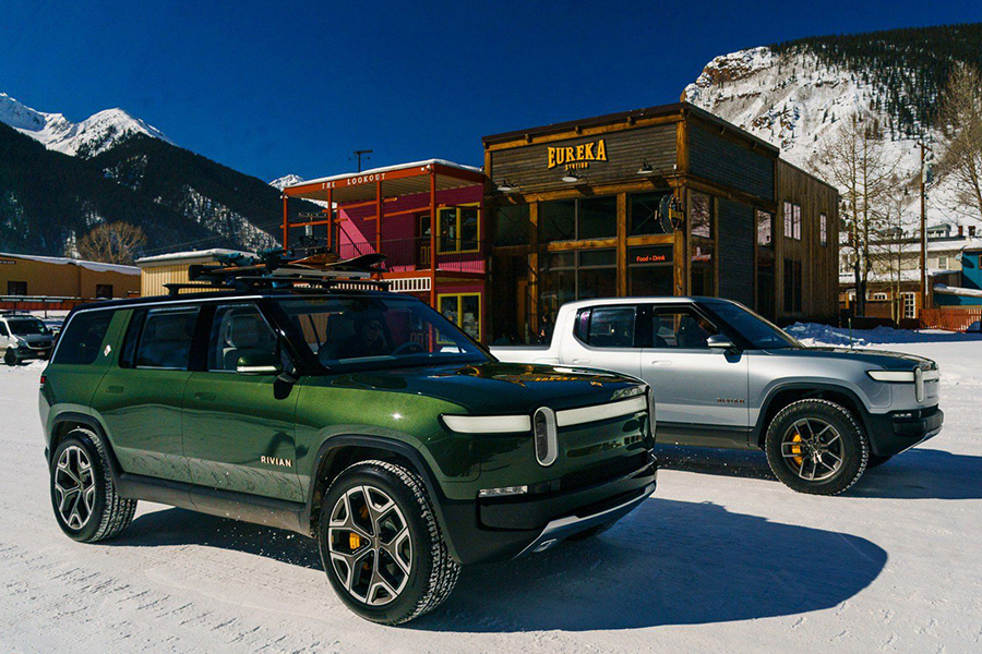 Rivian Changes and Raises the Roof for their SUV