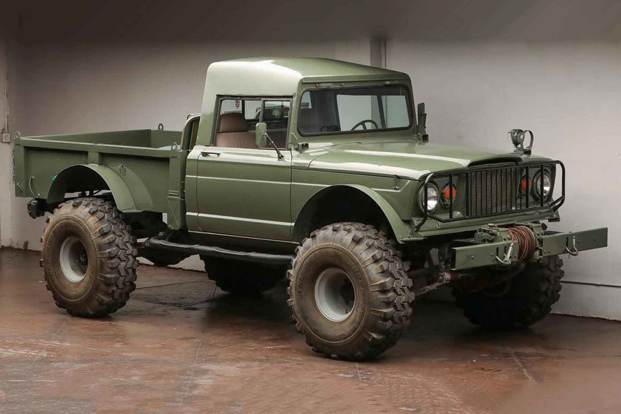 kaiser jeep side view