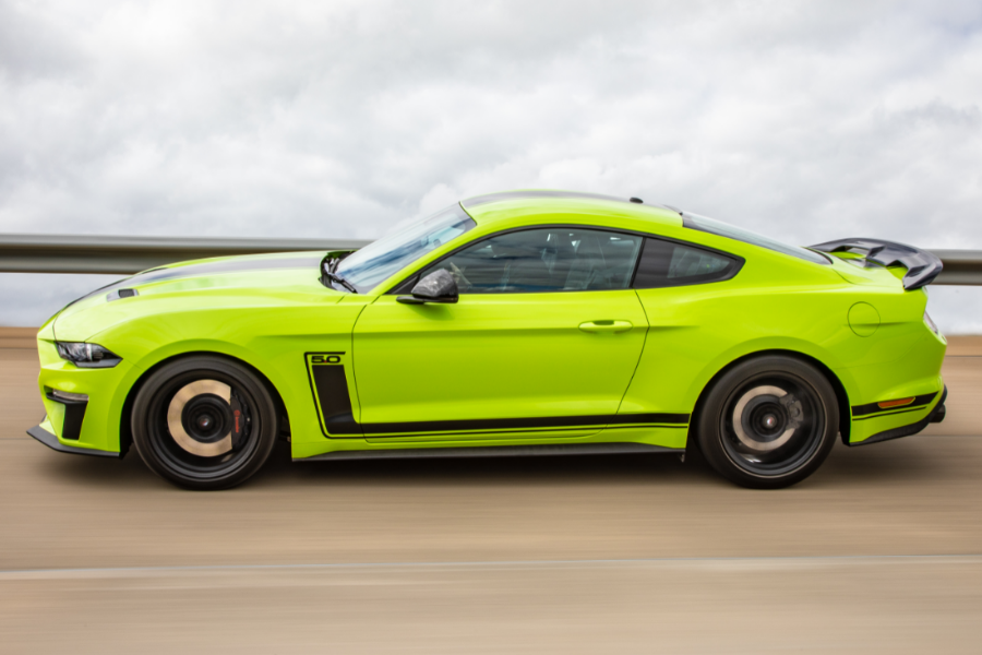 ford mustang R-SPEC