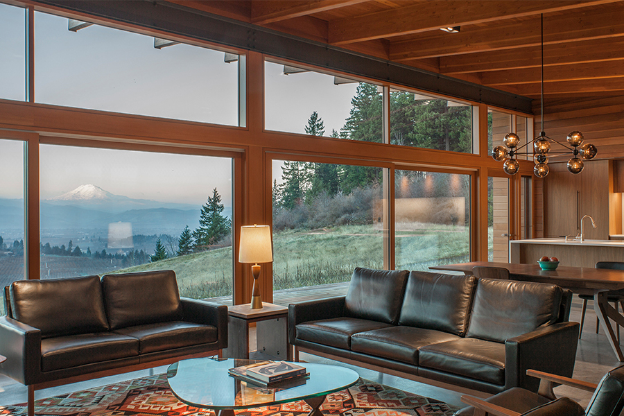 Hood River Residence lounge area