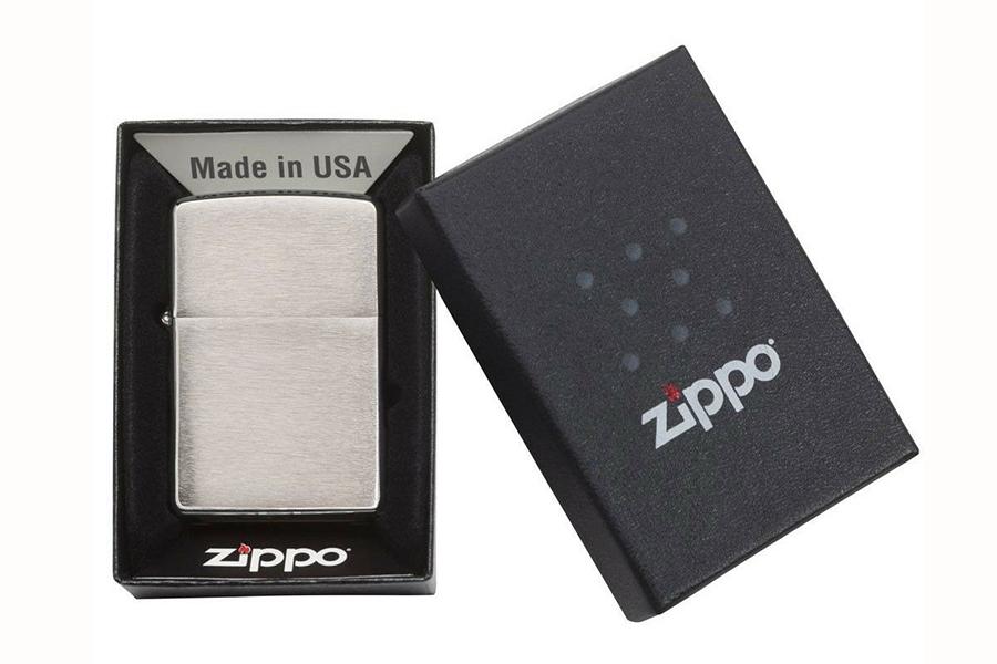 zippo lighter in box