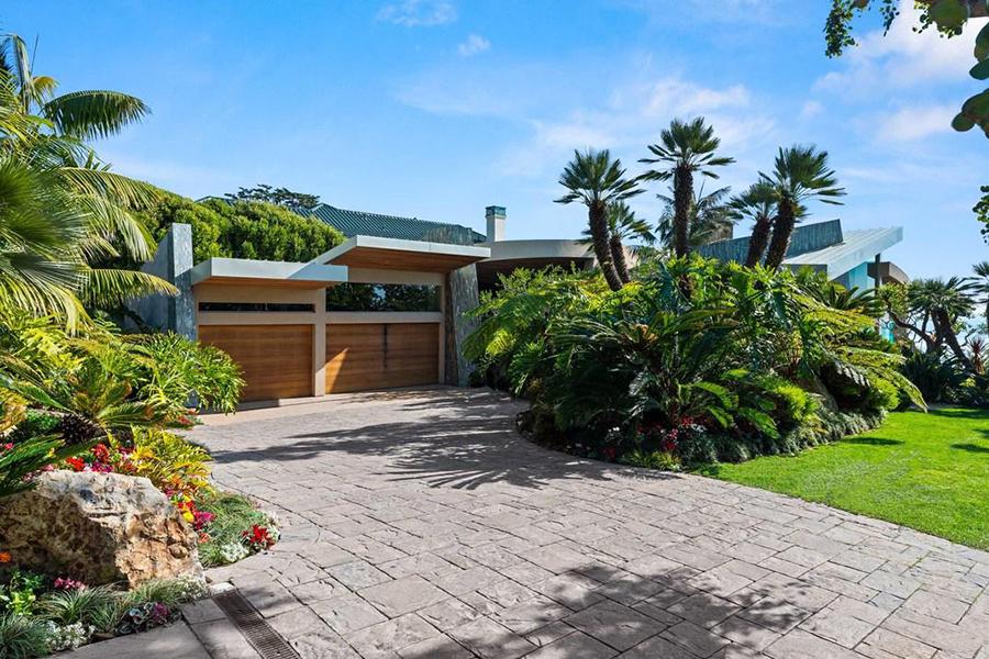 $65 Million Malibu Home gate
