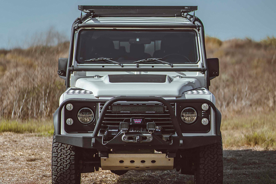 defender 130 expedition front