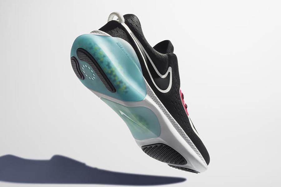 Nike Joyride pad under the heels
