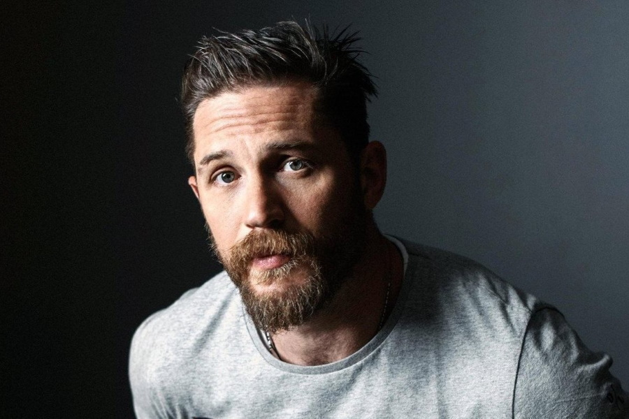 Style Guide: How to Dress Like Tom Hardy