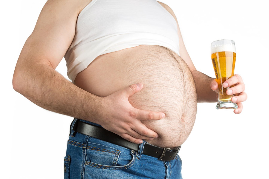 6 Reasons Why Alcohol Piles on the Kilos