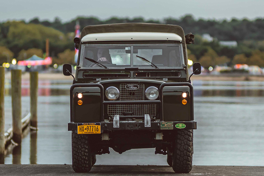 Land Rover Series II front view