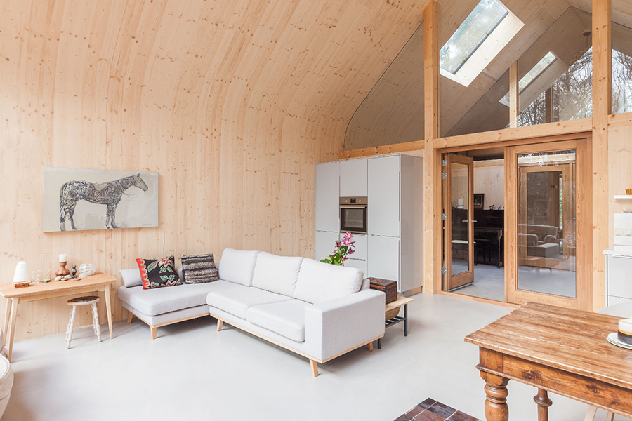Indigo Cabin lounge area