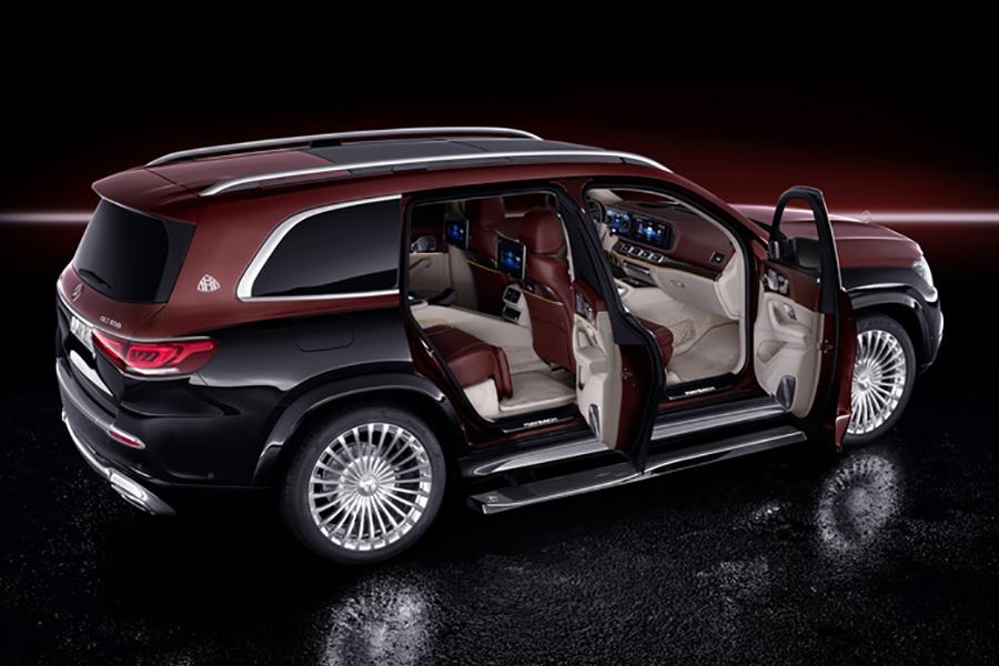 Mercedes Benz x maybach door open
