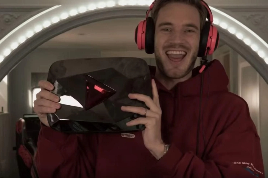 Pewdiepie 100 million Play Button