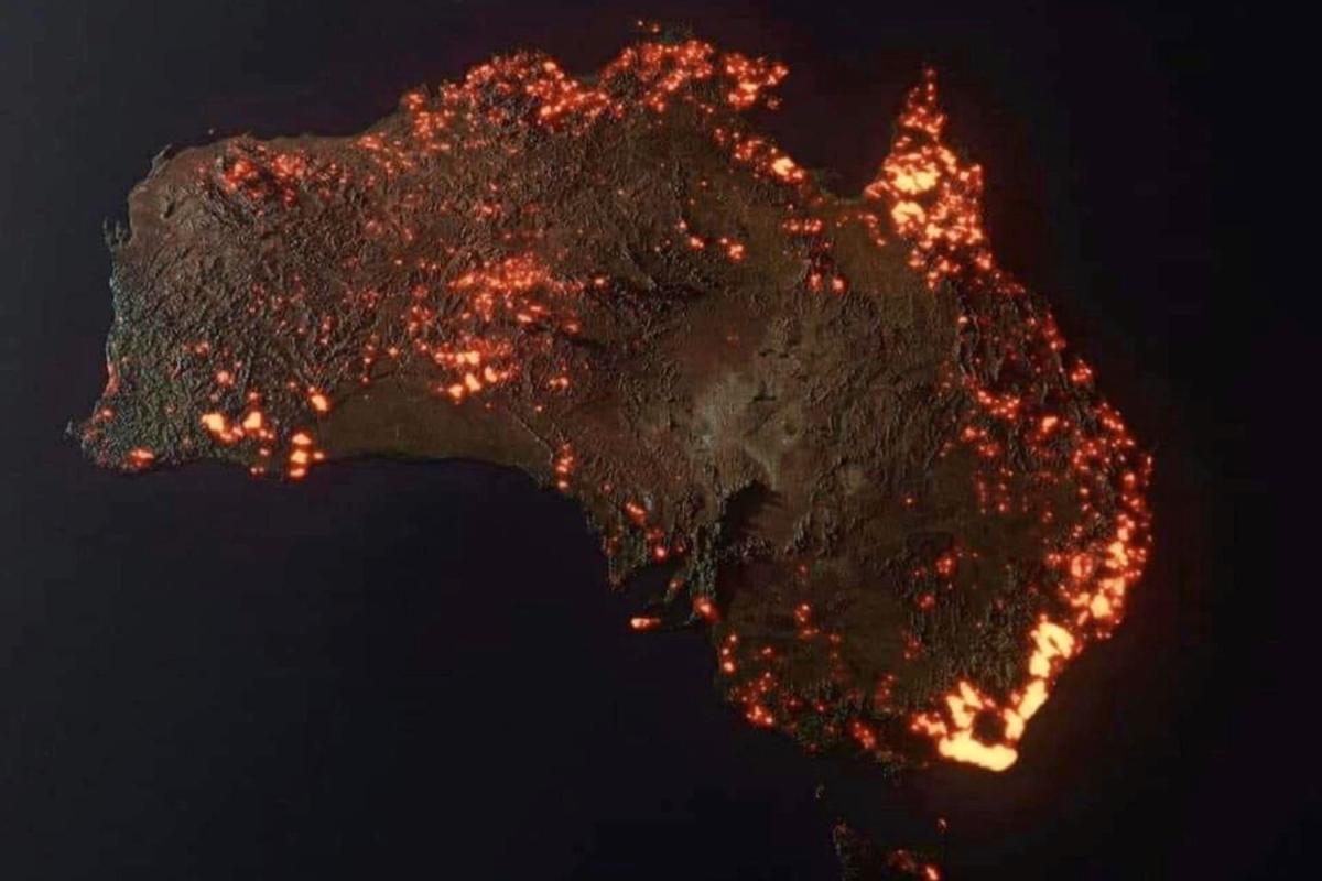 Map of Australia showing bushfires of Black Summer 2020