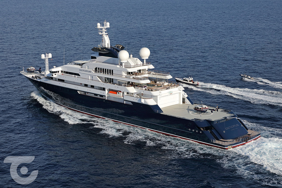 Octopus Superyacht side view