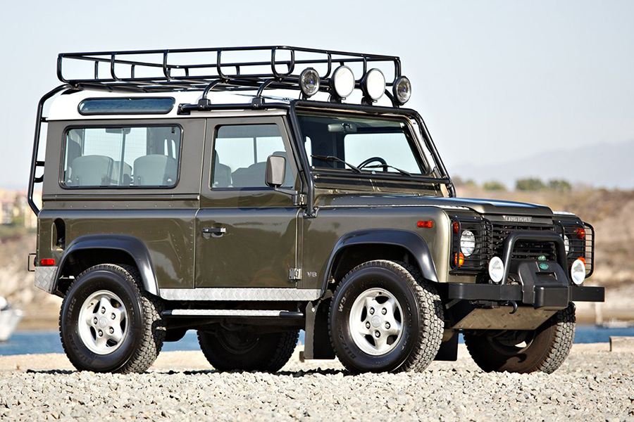 land rover NAS defender side view
