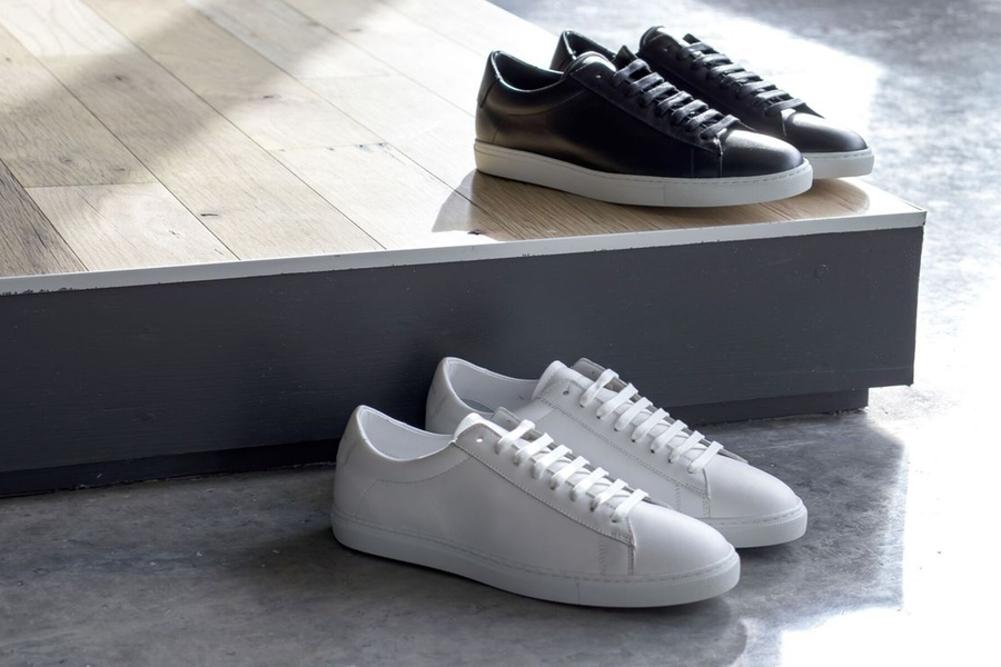 oliver cabell low 1 black and white