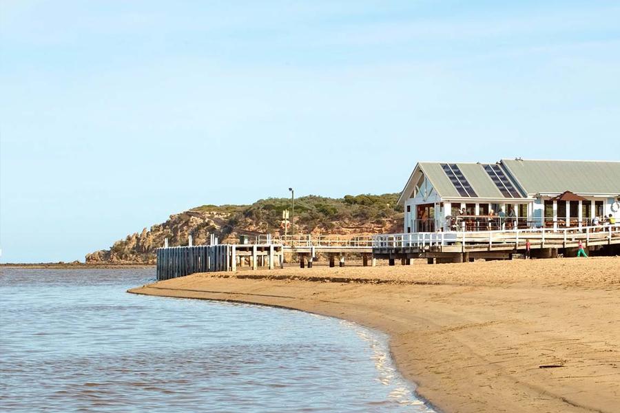 10 Best Fishing Spots in Melbourne & Victoria - Barwon Heads