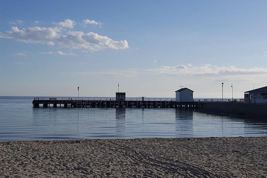 10 Best Fishing Spots in Melbourne & Victoria - Sorrento Pier