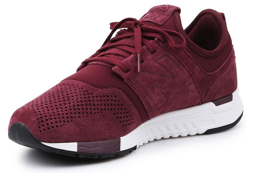 New Balance 247 Sneakers in Burgundy