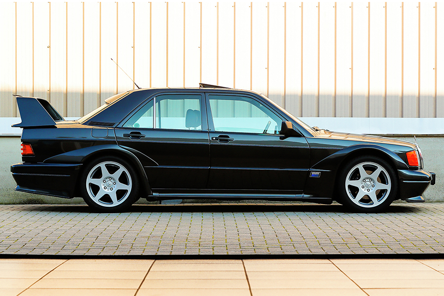Mercedes-Benz 190E 2.5-16 Evolution II side view