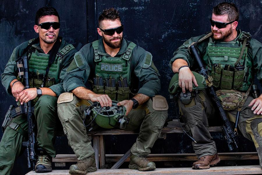 Soldiers wearing Oakley glasses
