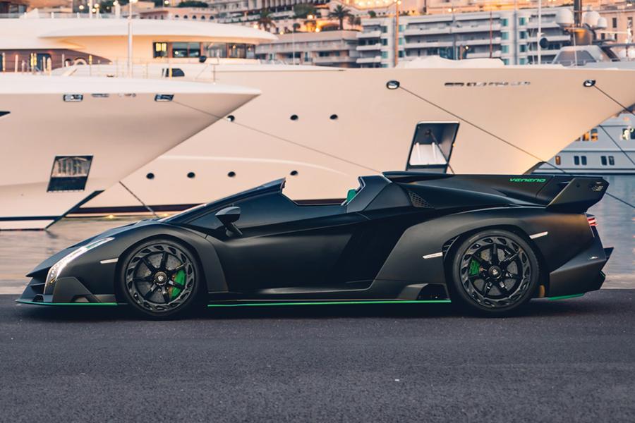 RM Sothbys 2015 Lamborghini Veneno Roadster