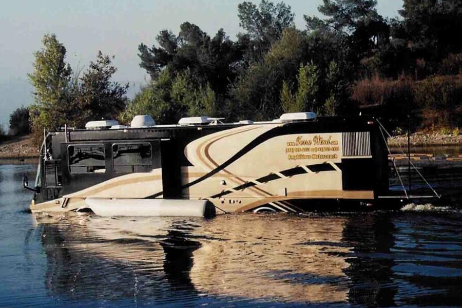 amphibious rv vehicle