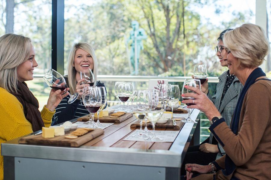 12 Best Wineries in Hunter Valley - De Iuliis