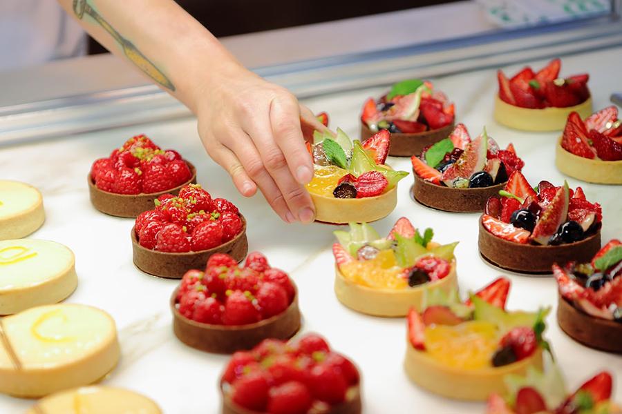 18 Best Cake Shops in Sydney - La Renaissance Patisserie and Café
