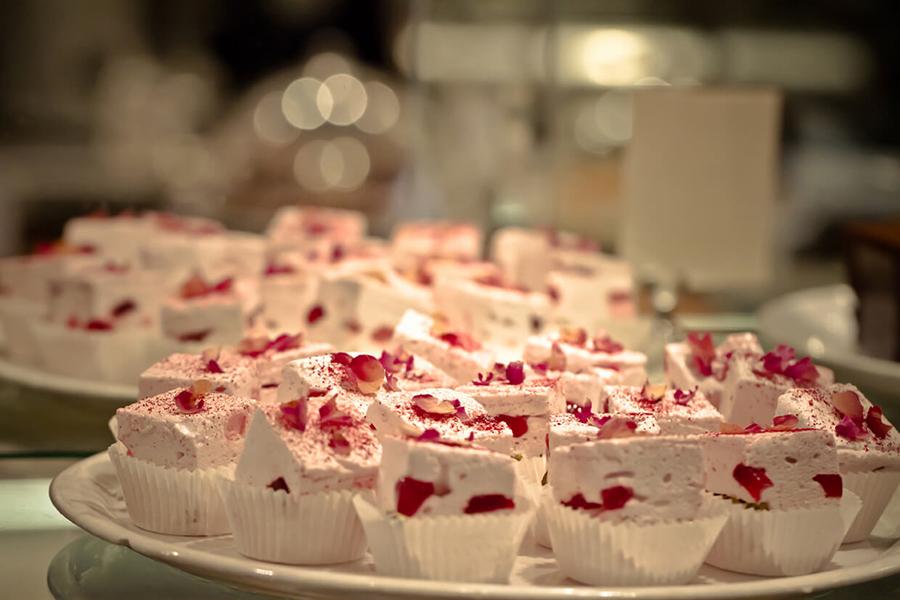 18 Best Cake Shops in Sydney - Lorraine's Patisserie